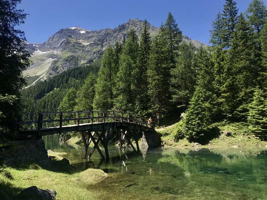 Nach der Schneeschmelze: Die Obernberger See Brücke