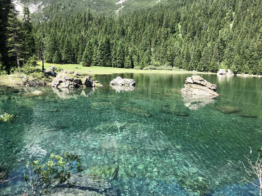 Glasklar und kalt - die Obernberger See Wassertemperatur